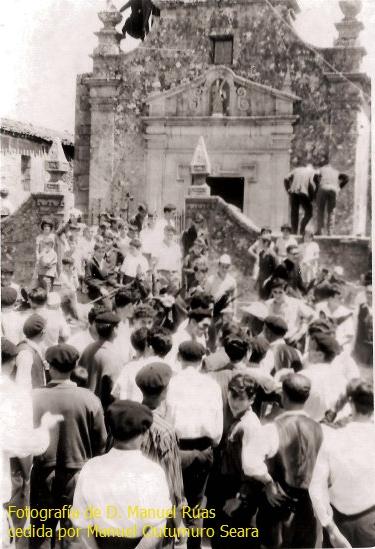 """E15. """"Lembranzas"""" de reuniones solidarias de vecinos. Por José Manuel JustoGrande"""