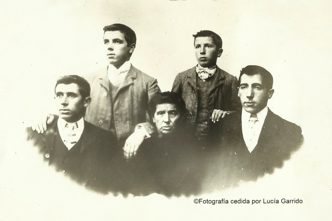 "HERMANOS GARRIDO: ""OS ESCULTORES"" DEPARDERRUBIAS"